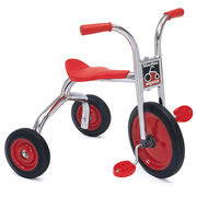 "3 - 5 years. Seat: 15 3/4""H. Handlebar: 25 1/2""H. Weight 26 lbs."
