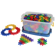 3 years & up. Connect these bright stars together from any direction and all children can build with success! Over 470 plastic pieces comes in 4 colors and includes a storage box.