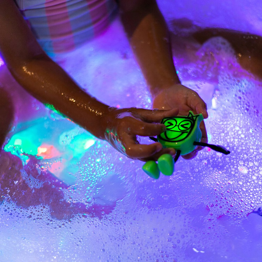 Alternate Image #5 of Glo Pals Character Pippa & 6 Green Light Up Water Cubes