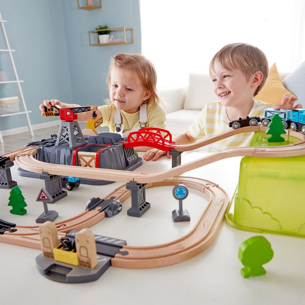 Alternate Image #4 of Railway Bucket Builder Set with Train and Tracks