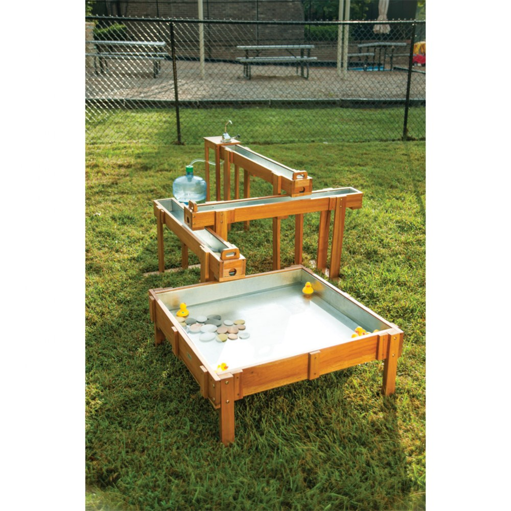 Outdoor Waterfall (4-Piece Set - 3 Runways and 1 Table)
