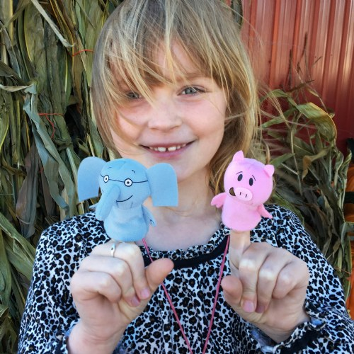 Alternate Image #3 of Mo Willems Elephant & Piggie Puppets & Book Set