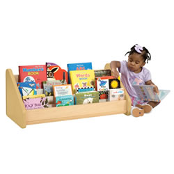 Toddler Easy Reach Book Display - Natural
