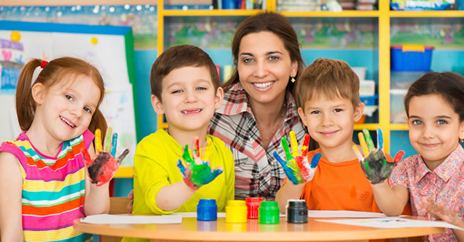 How to Set Up Your Preschool Art Learning Center