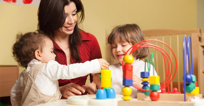 Selecting an Infant-Toddler Program or Curriculum